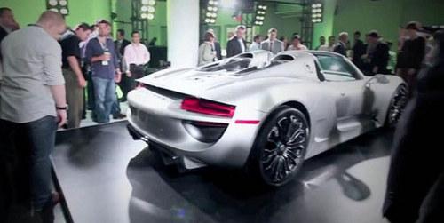 豪华汽车油泥模型